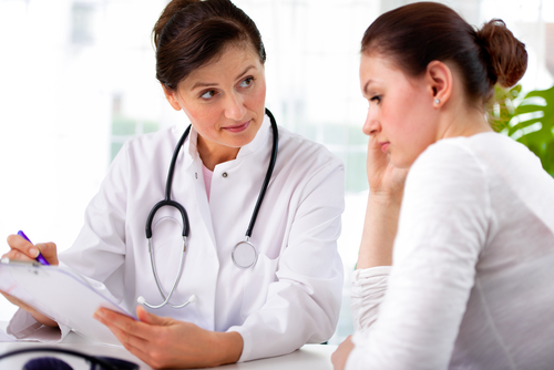 doctor-talking-to-patient